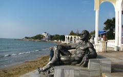 appearance-in-the-crimea-resort-evpati_1