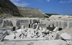 crimea-many-quarries-2